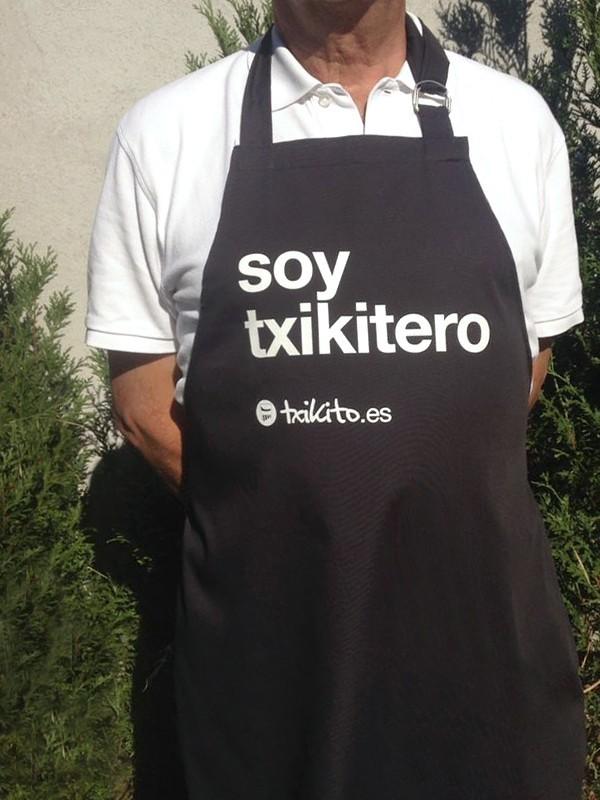 """Delantal negro """"Yo si soy Txikitero"""""""